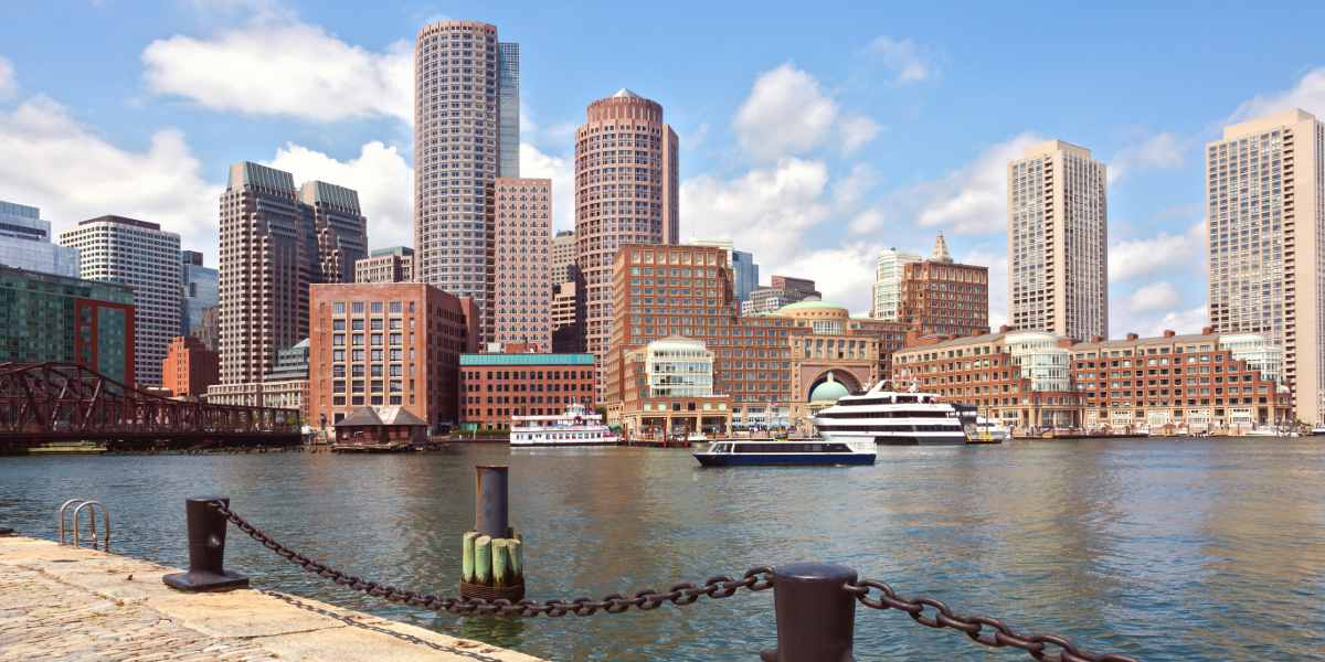 https://cruiseportofboston.com/wp-content/uploads/2016/06/Boston-Harbor-1200x600-redu.jpg